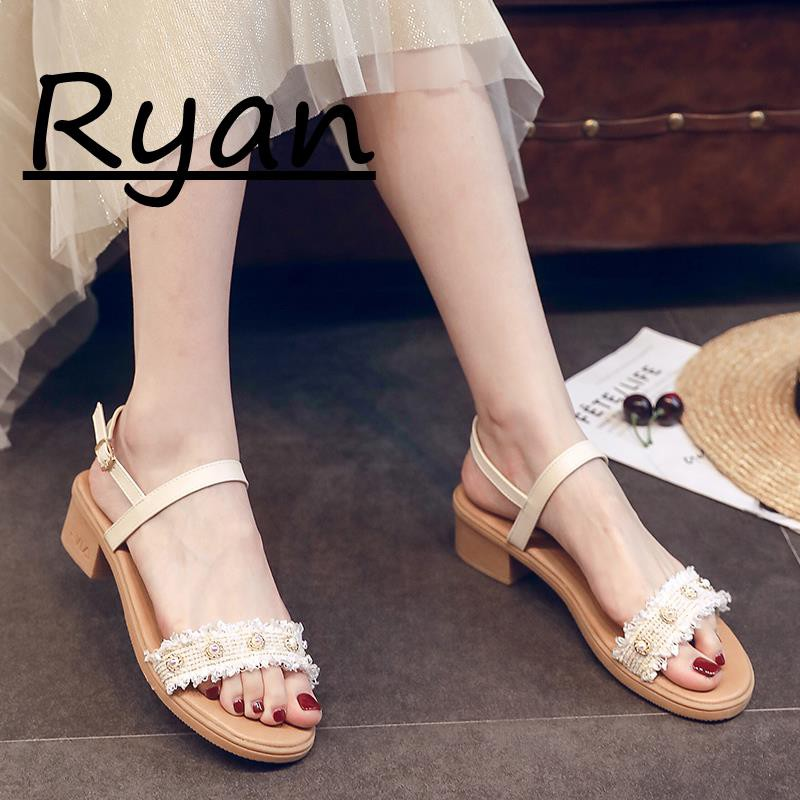 Sandals female summer fashion open toe retro wild with Roman shoes