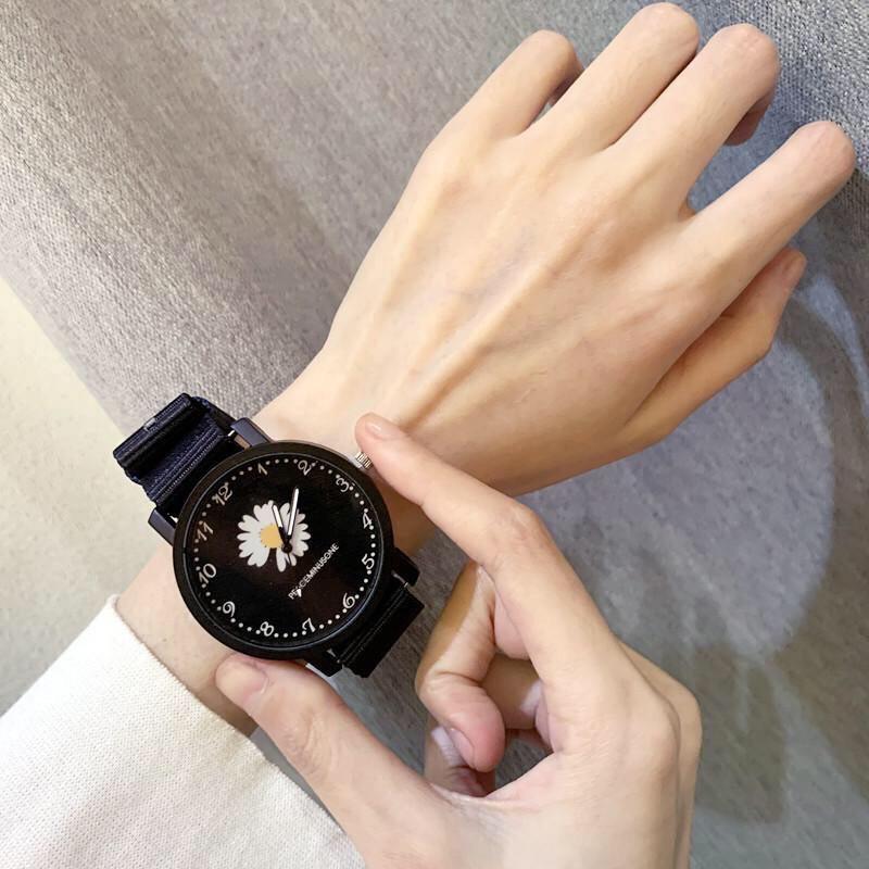 Đồng hồ thời trang nam nữ hoa cúc dây dù cá tính