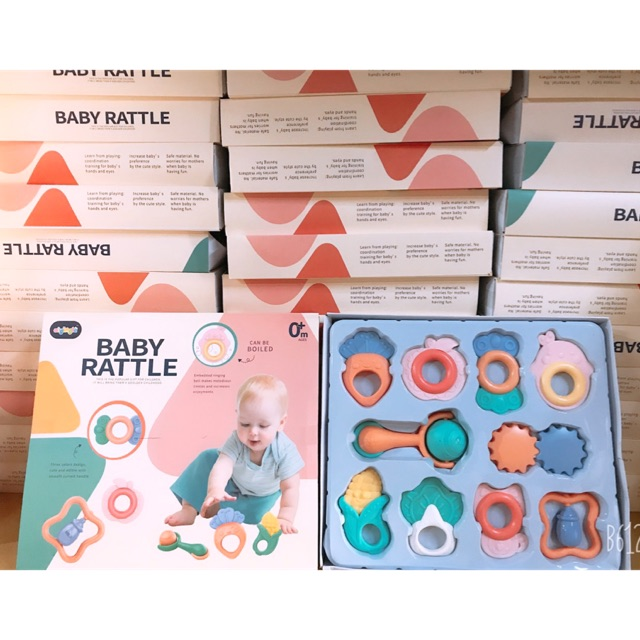 Set hộp 10 món xúc xắc cho bé