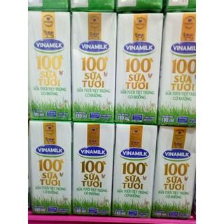 Sữa tươi tiệt trùng Vinamilk 100% Có đường - vỉ 4 Hộp x 180ml 4 hộp x 110ml thumbnail