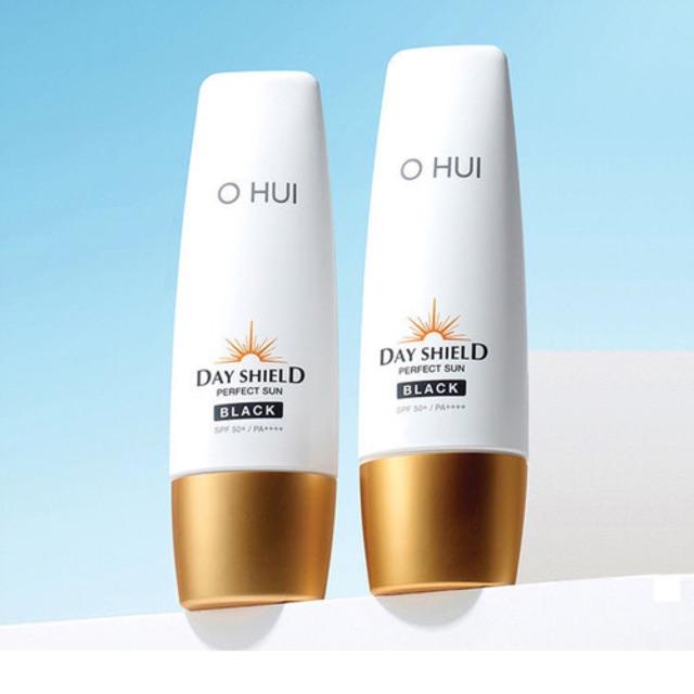Gói kem chống nắng OHUI Day Shield Perfect Sun Black 1ml