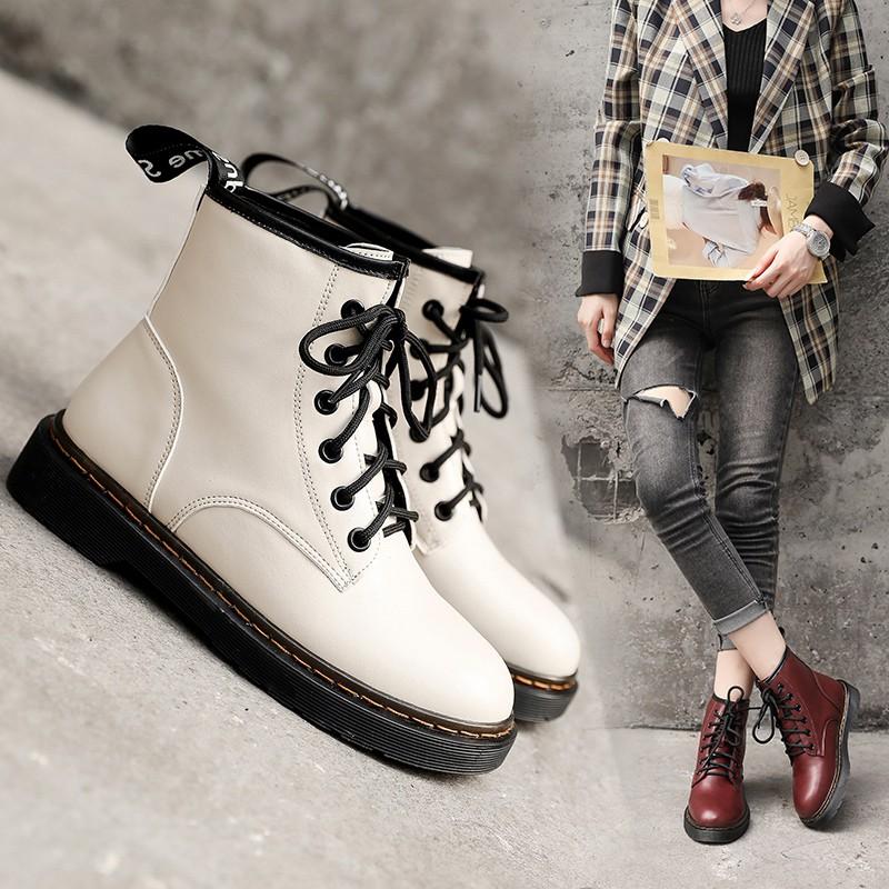 รองเท้าบู๊ทส์มาร์ตินส้นแบนสไตล์เกาหลี