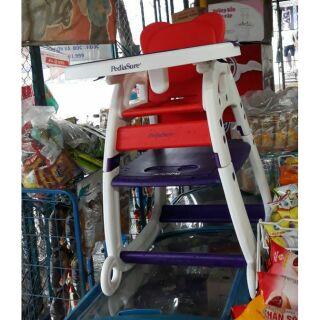 Bộ bàn ghế ăn dặm cho bé từ sản phẩm sữa pedia sure 3 trong 1