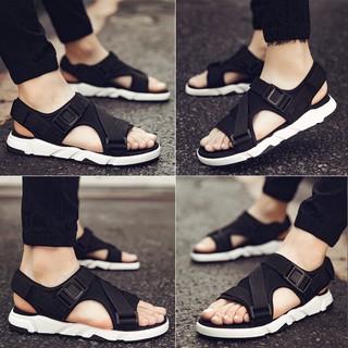 Giày sandal phong cách Hàn Quốc cho nam