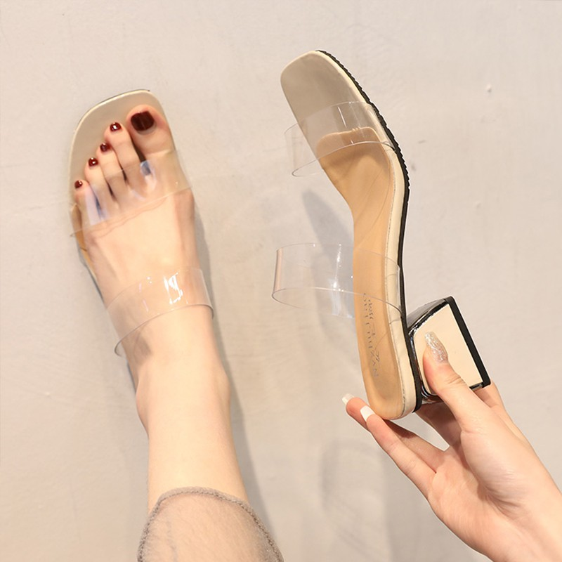 Transparent slipper female summer wear plastic fashion 2019 new word out wearing
