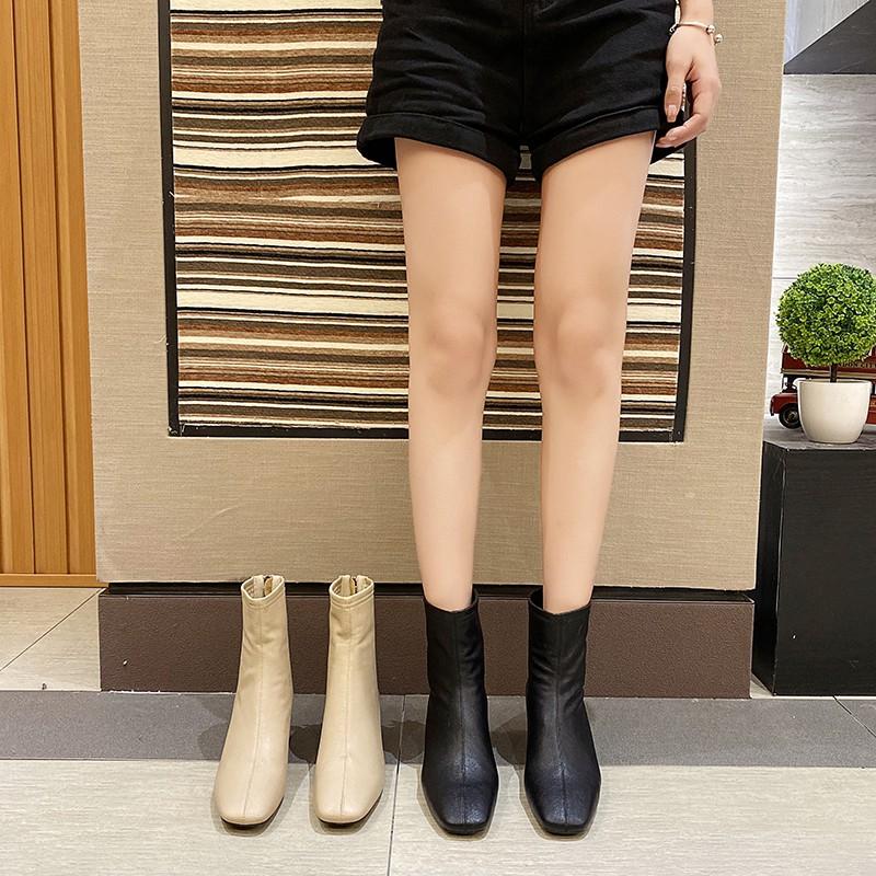 Giày boots đế vừa có dây kéo phía sau trẻ trung