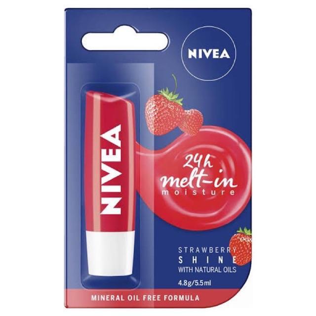 5. Son dưỡng môi tốt giá rẻ Nivea Fruity Shine