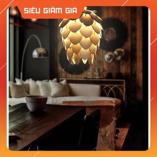 Đèn gỗ dáng quả dâu