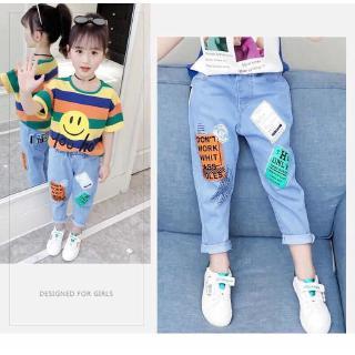 Quần short jean in họa tiết hoạt hình dễ thương dành cho bé gái