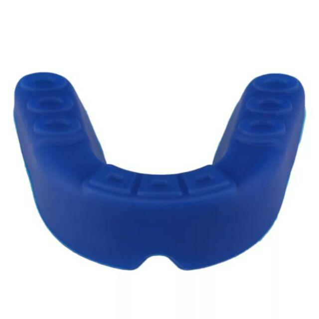 Bảo hộ răng võ thuật loại thường ko có hộp đựng