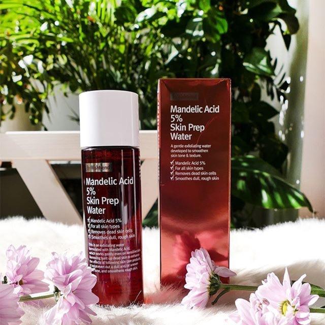 Tẩy da chết hoá học Wishtrend Mandelic Acid 5% Skin Prep Water