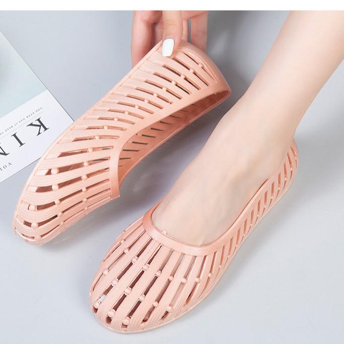 Giày nhựa đi mưa nữ đi biển chống trơn trượt, đế bằng thời trang V250