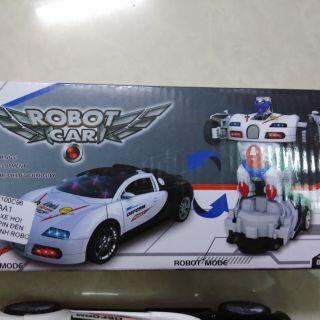 Xe đồ chơi biến hình thành robot có nhạc