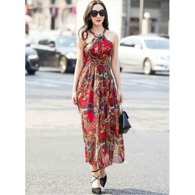 Đầm maxi họa tiết lộng lẫy, cổ yếm - HNG