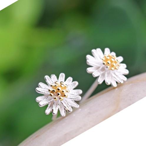 Bông tai bạc hoa cúc nhiều cánh Hàn Quốc - 2779752 , 117041534 , 322_117041534 , 70000 , Bong-tai-bac-hoa-cuc-nhieu-canh-Han-Quoc-322_117041534 , shopee.vn , Bông tai bạc hoa cúc nhiều cánh Hàn Quốc