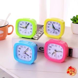 Đồng hồ để bàn học báo thức mini cute