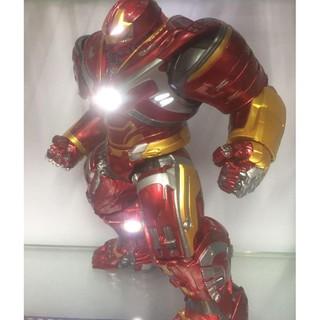 mô hình iron man hulkbuster Mk 49 có led