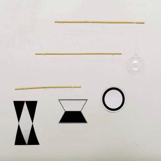 Set nguyên liệu Giáo cụ Chuyển động kích thích thị giác Montessori
