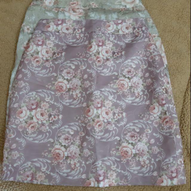 Chân váy chữ A hoa gấm