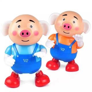 Heo con nhảy múa đáng yêu – Cute pig