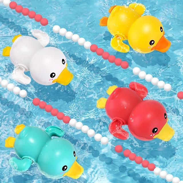 Đồ chơi VỊT CON bơi lội chạy cót  cho bé