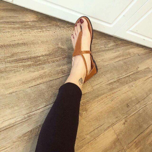 Giày sandal xinh yêu