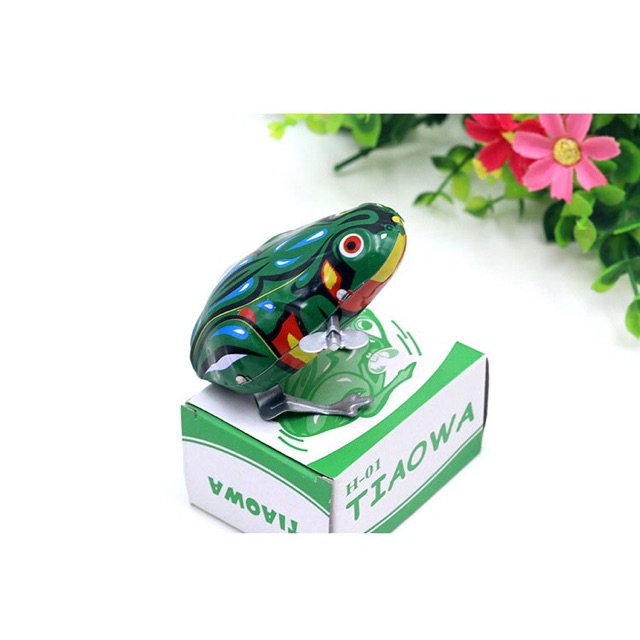 Đồ chơi ếch xanh lên cót