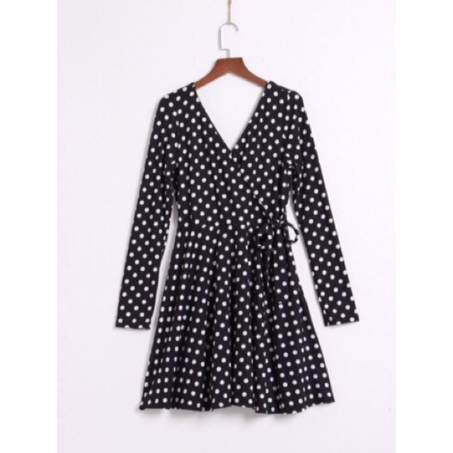 Váy xoè chấm bi F21 dư xịn -V101201