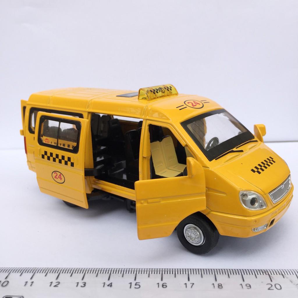 Ô tô sắt - xe Taxi có nhạc đèn đóng mở được các cửa