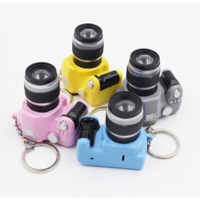 Combo 20 móc khoá máy ảnh nhiều màu - 9951009 , 747308764 , 322_747308764 , 340000 , Combo-20-moc-khoa-may-anh-nhieu-mau-322_747308764 , shopee.vn , Combo 20 móc khoá máy ảnh nhiều màu