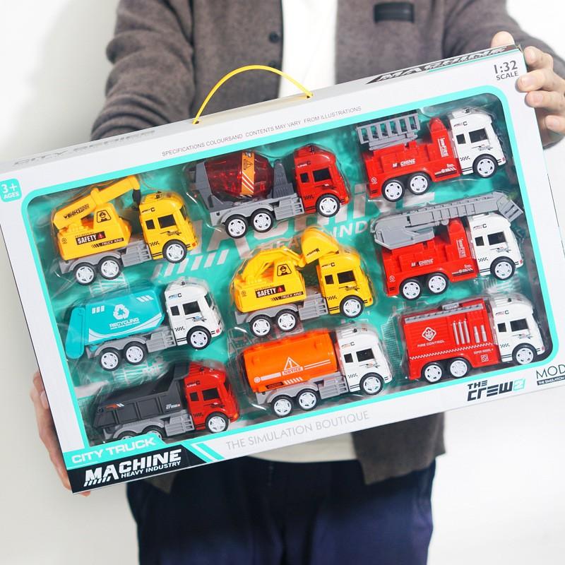 Bộ đồ chơi ô tô mô hình đủ loại cho trẻ em, đồ chơi cho bé thoả sức sáng tạo