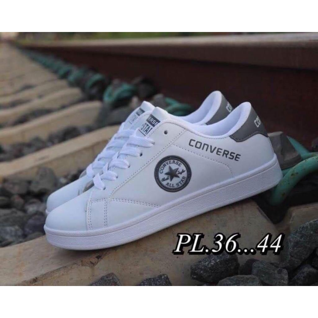 Sports equipment Gloves converse  รองเท้าผ้าใบแฟชั่นports equipment Gloves converse  รองเท้าผ้าใบแฟชั่น