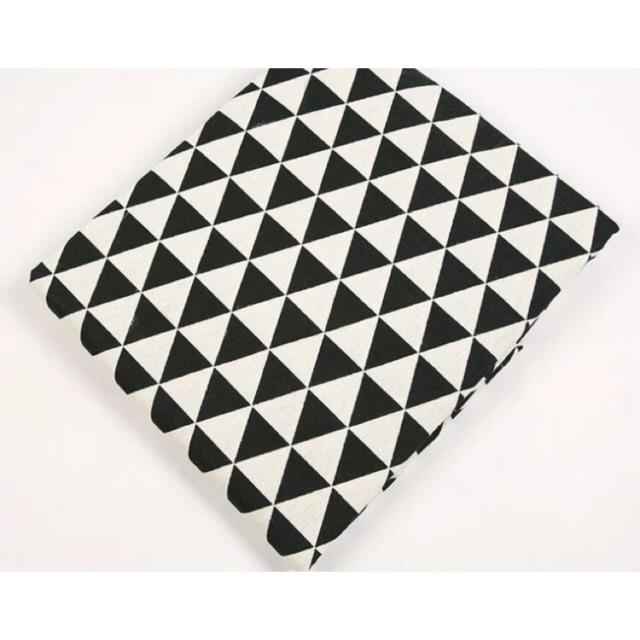 Vải bố đen trắng size 50x50