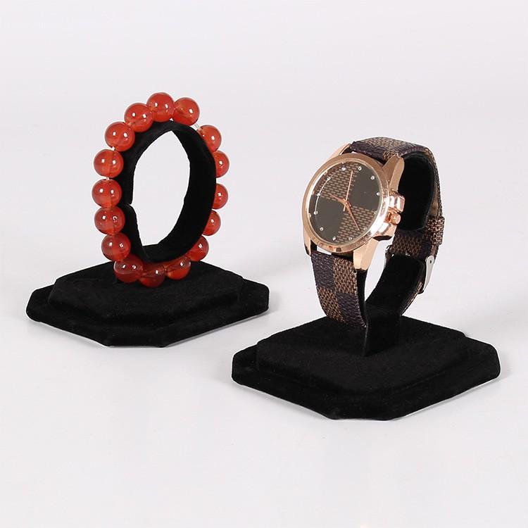 Giá treo đồng hồ bằng Nhung  (Đường kính 6.5cm)