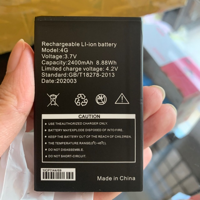 Pin chính hãng của phát wifi 4G A800