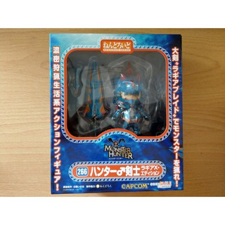 Mô hình Nendoroid Hunter: Male Swordsman – Lagia X Edition