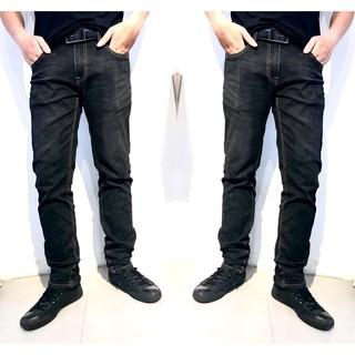 Quần jean nam đen trơn ống đứng, bo ôm chân, chất jean co dãn tốt