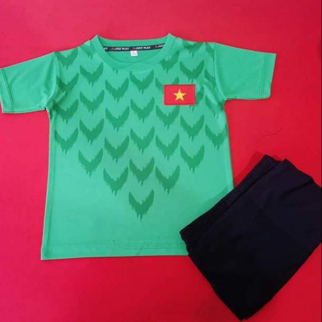 Bộ quần áo bóng đá trẻ em Việt Nam 2019 xanh kécVải thun mặc mát - Thấm hút m
