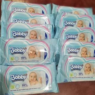 10 gói khăn ướt Bobby ( gói 10 tờ )