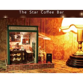 Mô hình cửa hàng The Star Coffee Bar nhà búp bê kèm theo cót nhạc