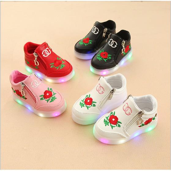 Giày có đèn Led cho bé gái bông hoa