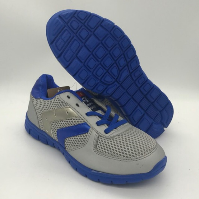 [Mã MASOTCT giảm 10% tối đa 30k đơn 200k] [XẢ HÀNG] Giày thể thao nam nữ Chí Phèo êm, nhẹ, chắc chắn, giảm giá shock