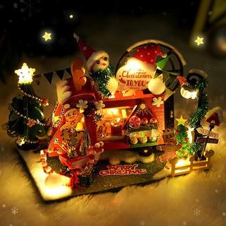 Mô hình gỗ nhà búp bê Christmas shop có đèn dây+keo+dụng cụ