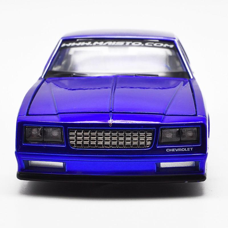Mô Hình Xe Hơi Chevrolet Montecarlo Ss 1986 Bằng Hợp Kim Tỉ Lệ 1: 24