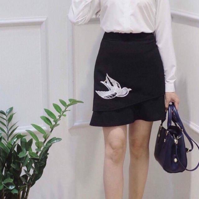 Chân váy chim én ( ẢNH THẬT )
