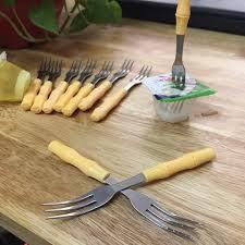 Set 10 dĩa xiên hoa quả có cán hình cây trúc