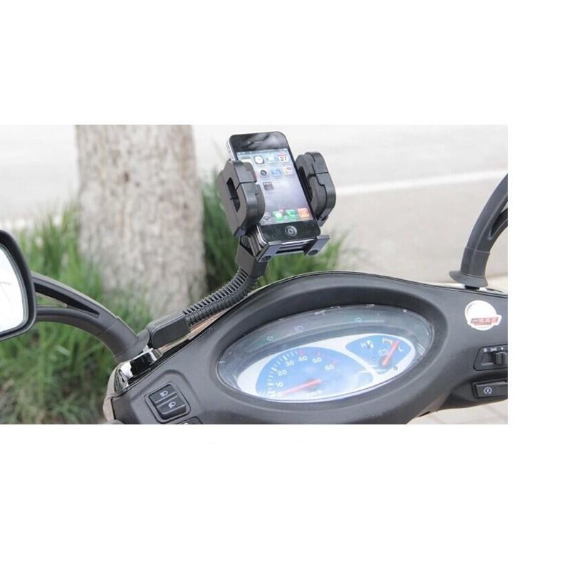 Kẹp điện thoại trên xe máy