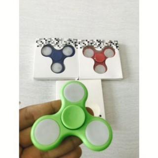 Fidget Spinner có đèn led trò chơi đang hot trên thị trường – spinnerled