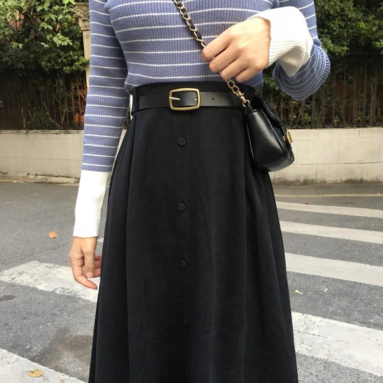 Chân váy dài chữ A 2 màu đen và be Ulzzang