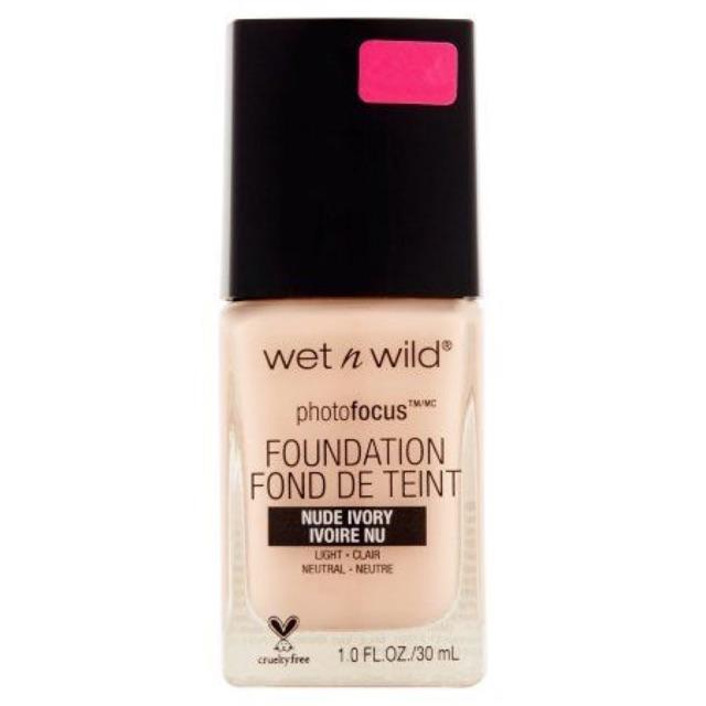 Ken nền Wet n Wild photofocus foundation màu Nude Ivory
